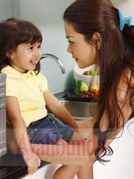 :: 10 Trik Bicara Kepada Balita :: Tips :: Artikel :: Ayahbunda ::