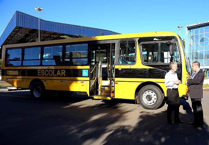 A frota de transporte escolar da Prefeitura de Limeira ganhou mais um veículo. Um ônibus com capacidade para transportar 55 alunos da rede municipal