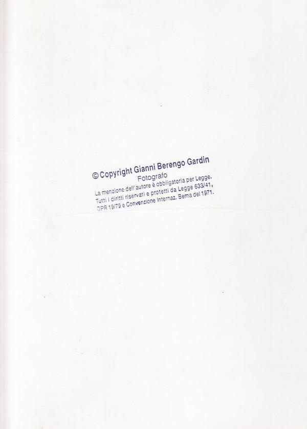 BERENGO GARDIN Gianni, Copyright. Roma,  Peliti Associati,  2001 - Prima edizione (First Edition). Con 151 fotografie in bicromia
