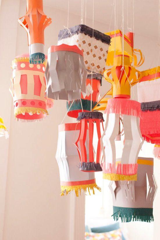 DIY Paper Lanterns : tutorial how to make paper lanterns