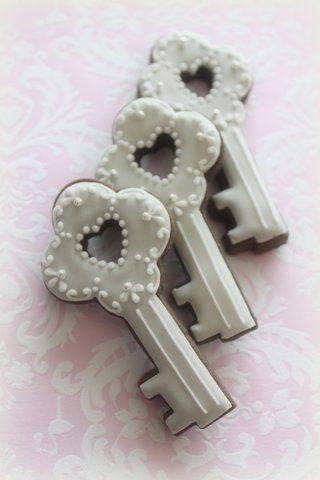 key cookies 2 #timelesstreasure also good wedding present/ snack item.... key tom my heart