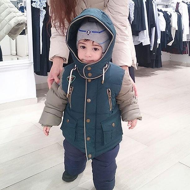 """Теперь никакие #снегопадынестрашны в зимней """"экипировки"""" от PULKA! Самые теплые и удобные куртки, пуховики, комбезы, полукомбезы и штаны для деток в нашей новой коллекции! Уже в продаже  в магазинах #SilverSpoon #LapinHouse #KidsRocks #Pollichini  Коллекция также представлена в интернет-магазинах: ozon.ru esky.ru wildberries.ru refinado.ru milashi.ru  Посмотреть ближайший к вам магазин: http://pulka-kids.ru/store ❄❄❄❄ #готовимсякзиме #детскиепуховики #верхняяодежда_дети #курткидлядетей…"""