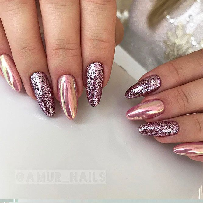 18 Beautiful Winter Nail Colors ★ Glitter Nails for Bright Look on Christmas Picture 1 ★ See more: http://glaminati.com/winter-nail-colors/ #winternailcolors #winternails