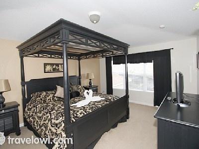 Master Bedroom with en-suite @ Windsor Hills Orlando