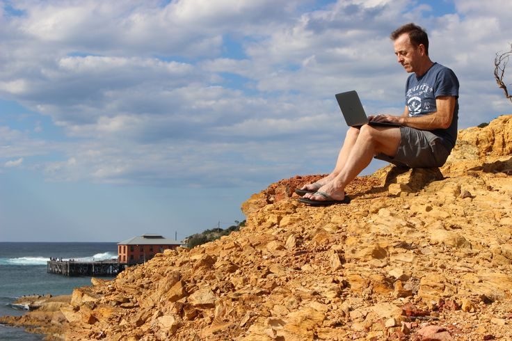 working from a nice spot on the cliff at Tathra Beach, NSW Australia