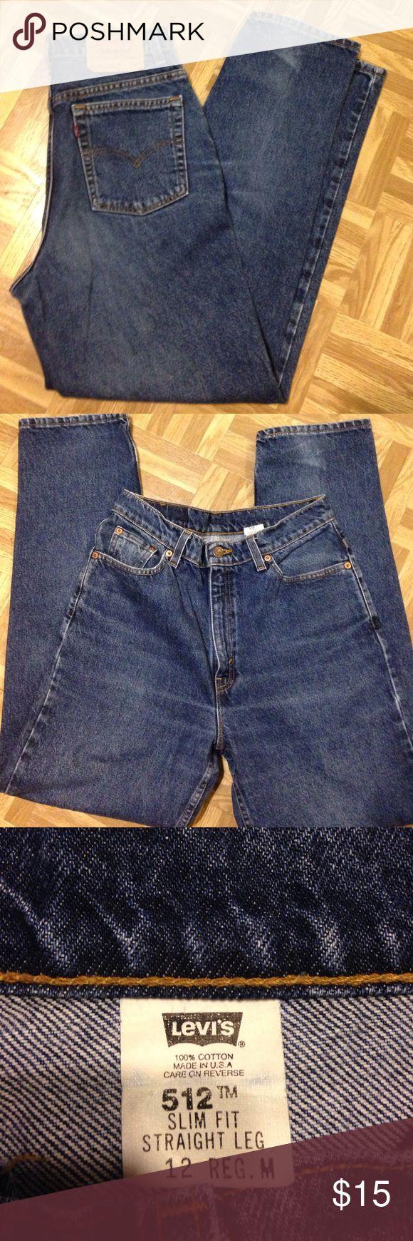 Levi 512 women's jeans Sz 12 Levi 512 women's jeans Sz 12 Reg M. Slim fit. Straight leg. Great condition. Levi's Jeans Straight Leg