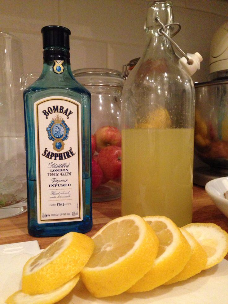 Homemade lemonade for Tom Collins cocktails