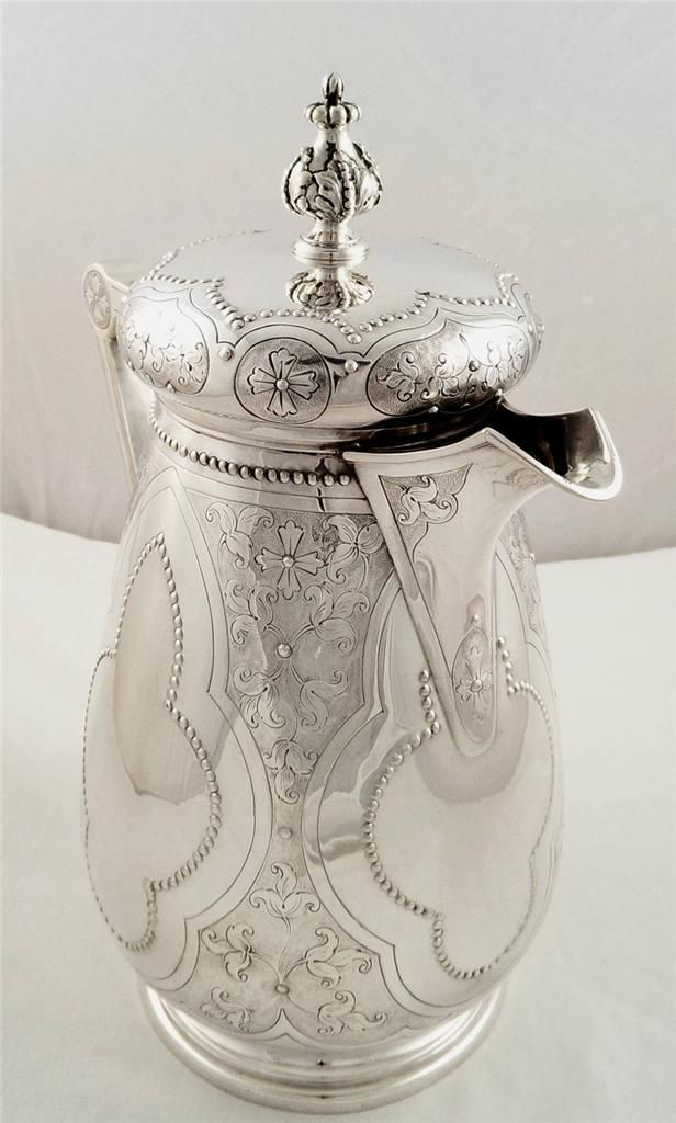 Beautiful antique silver coffee pot by Mappin & Webb 813 grams London 1872