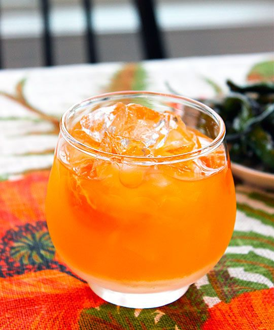 The Clementine Cocktail: The perfect cocktail for your cuties!