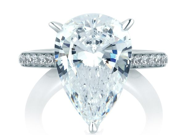 Unique Pear Diamond Ring Settings | Why Contemporary Women Prefer Pear-Cut Engagement Rings?