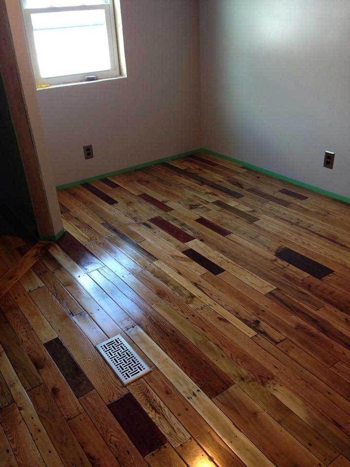 Pallet Flooring One Man S Garbage Is, Pallet Of Laminate Flooring