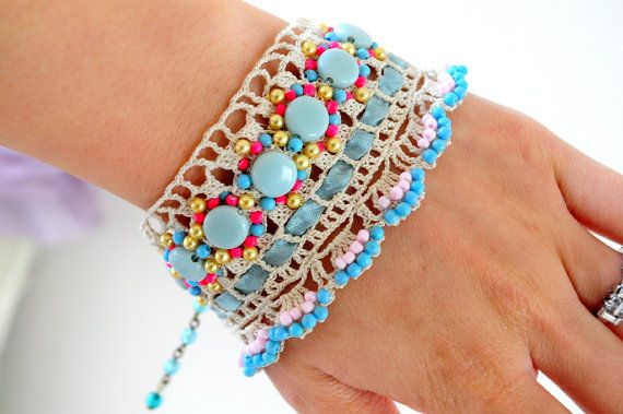 crochet beaded bracelet so pretty