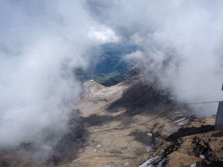 https://flic.kr/p/ABt7Qo | Extreme Environments - The Cabane (2525 m) lift station from Scex Rouge (2971 m), Glacier 3000, Les Diablerets, Switzerland
