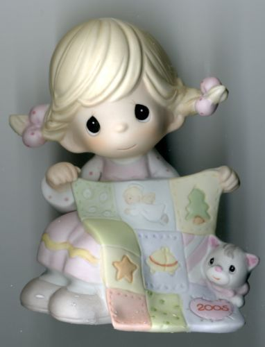 2005 Precious Moments MIB Figurine May Your Holidays Be So Sew Special  4024088