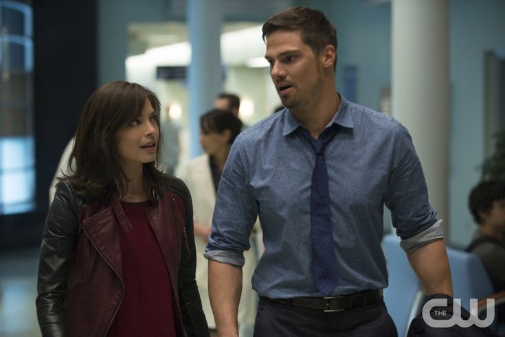 "Beauty and the Beast -- ""The Beast of Wall Street"" -- Image Number: BB301B_0393 -- Pictured (L-R): Kristin Kreuk as Catherine and Jay Ryan as Vincent -- Photo: Christos Kalohoridis/The CW -- © 2015 The CW Network, LLC. All rights reserved."