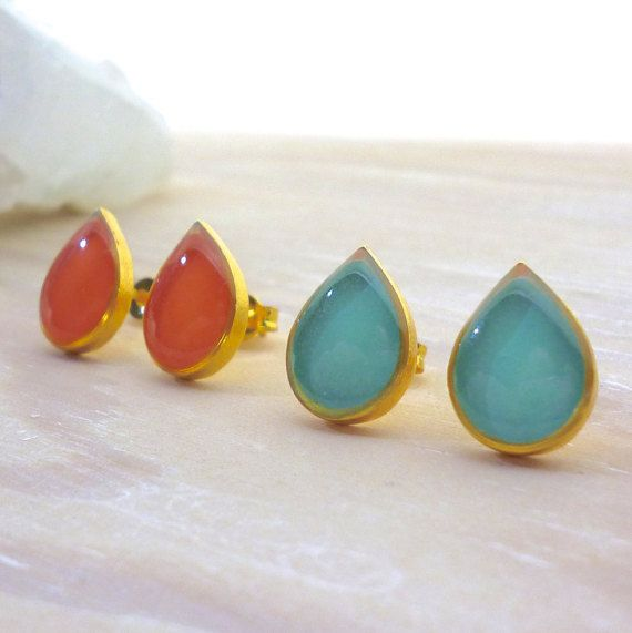 Hey, I found this really awesome Etsy listing at https://www.etsy.com/listing/270083318/teardrop-stud-earrings-teardrop-earrings