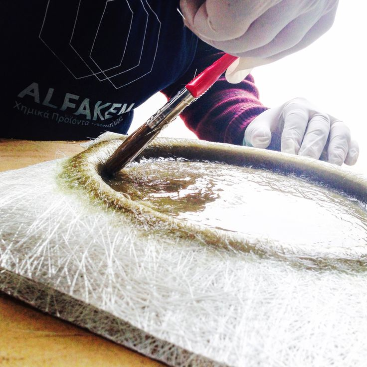 Testing a new polyester resin based in recycled plastics because the environmental footprint is a major concern when it comes to the use of chemicals. The first tests seem very positive #alfakem #alfakemcomposites #resin #resins #laminating #lamination #ecological #ecologicalfootprint #new #ecoresin #lowstyrene #fiberglass  #fiberglassrepair #fiberglassreinforcement #composites #compositematerial #compositeconstruction