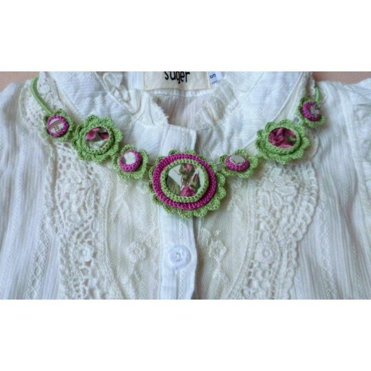 Crochet necklace http://www.algastore.cz/hackovane-sperky Náhrdelník Jarní vánek
