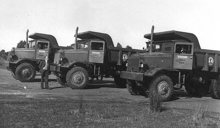 Three of the Public Works Department brand new Euclid R-15's line up for the camera just prior to going to work on the Roxburgh dam. These are model 49FD machines powered with a GM 6-71 and are painted the original dark Euclid Armington Green colour.