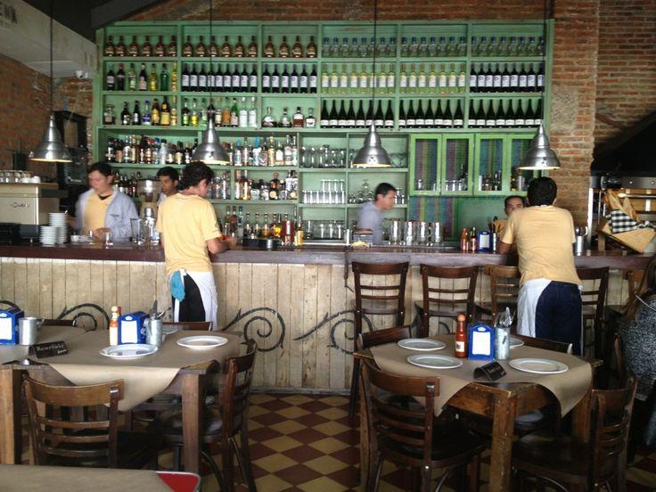EAT: La Docena Oyster Bar & Grill in Guadalajara, Jalisco