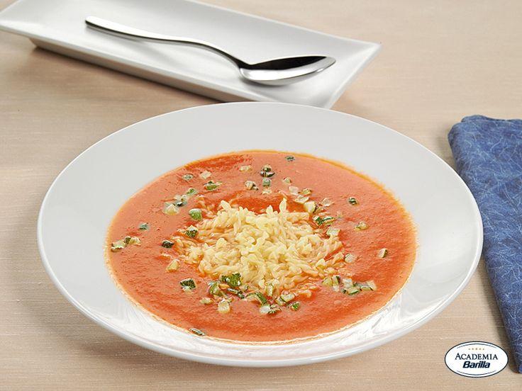 Treccine Barilla con zucchine e basilico in crema di peperoni e patate