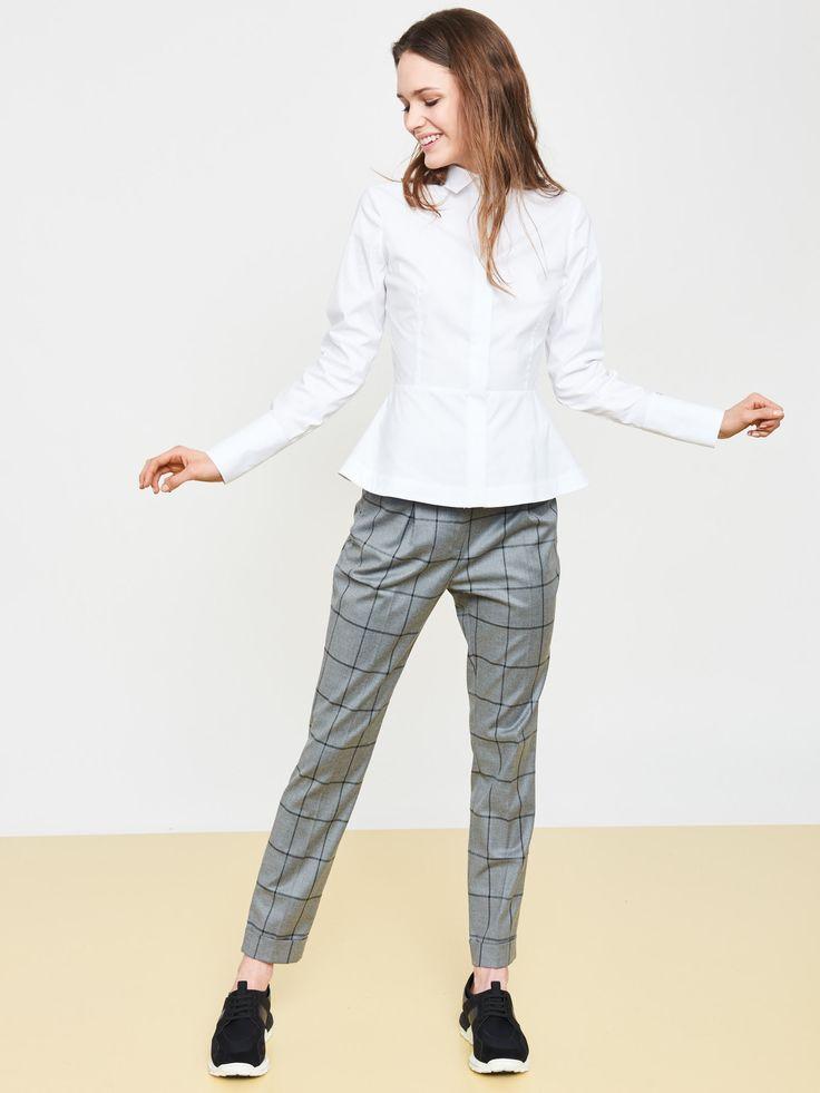 L2017 https://simple-cp.com/odziez/spodnie/ose18454-t1508-00436