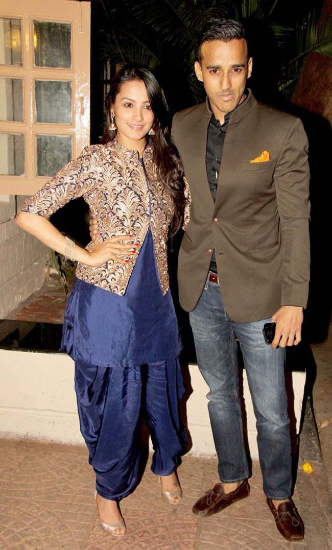 Anita Hassanandani with husband Rohit Reddy at Ekta Kapoor's Diwali bash.