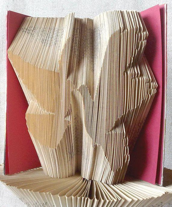 Book folding pattern and FREE Tutorial - Wedding Doves - folded book art, origami, gift #bookfolding #bookfoldingpattern #foldedbookart #booksculpture #papersculpturebook #origamibook #weddinggift #weddinganniversary #birthdaygift #patterntutorial #recycledbook #homedecor #craft #gift #WeddingDoves by #PatternsStore