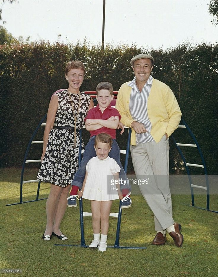 Gene Kelly with wife Jeanne and children.