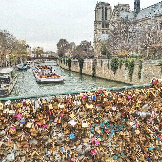 Love locks bridge, Paris. Photo courtesy of tonsquared on Instagram.