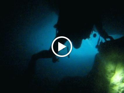 Explorando una cueva en Denia