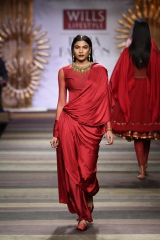 Tarun Tahiliani. WLFW A/W 14'. Indian Couture.