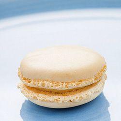 Milk tart macaron