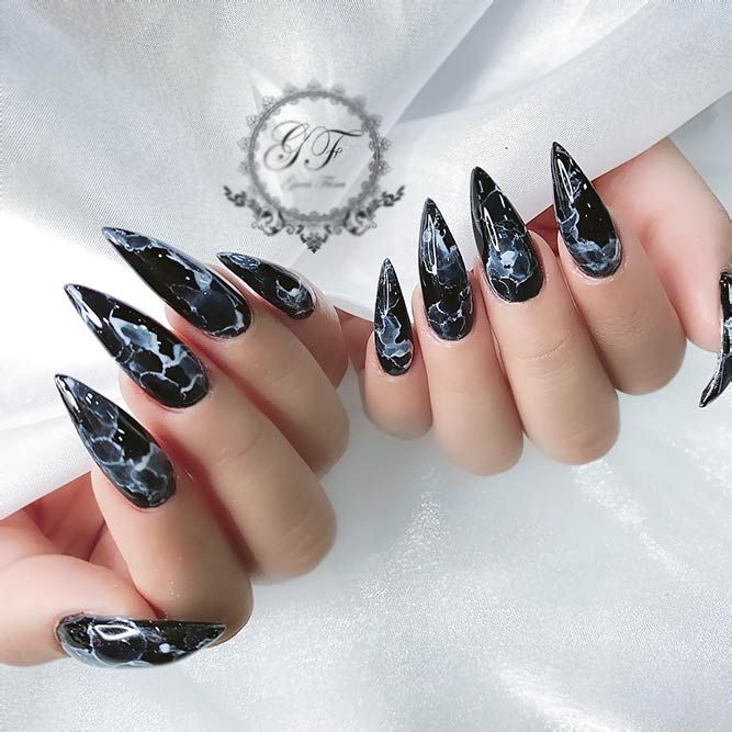 30 Fearless Combinations With Black Stiletto Nails With Images