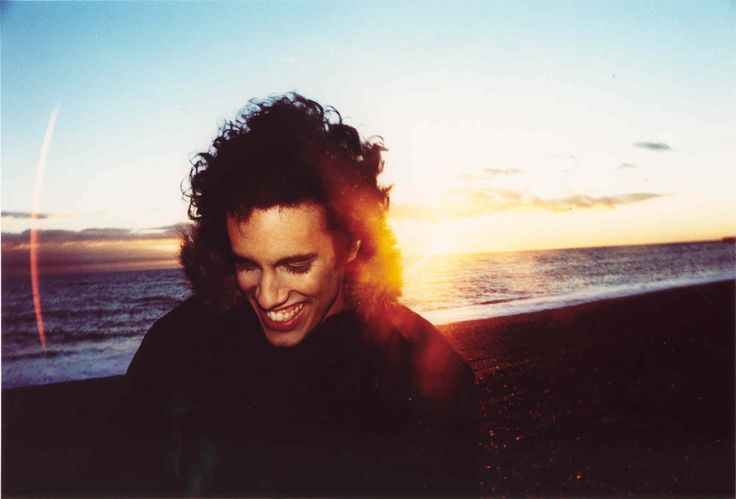 Four Tet - Kieran Hebden(Four Tet) was born in London to a South African-born Indian mother and a British sociology lecturer father.