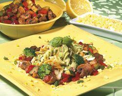 Pasta tricolore met courgette en broccoli