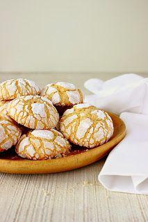 Vanilla crinkle cookies