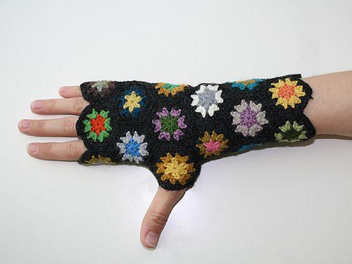 Kaleidoscope Fingerless Mitts pattern by Bethany Hendrickson