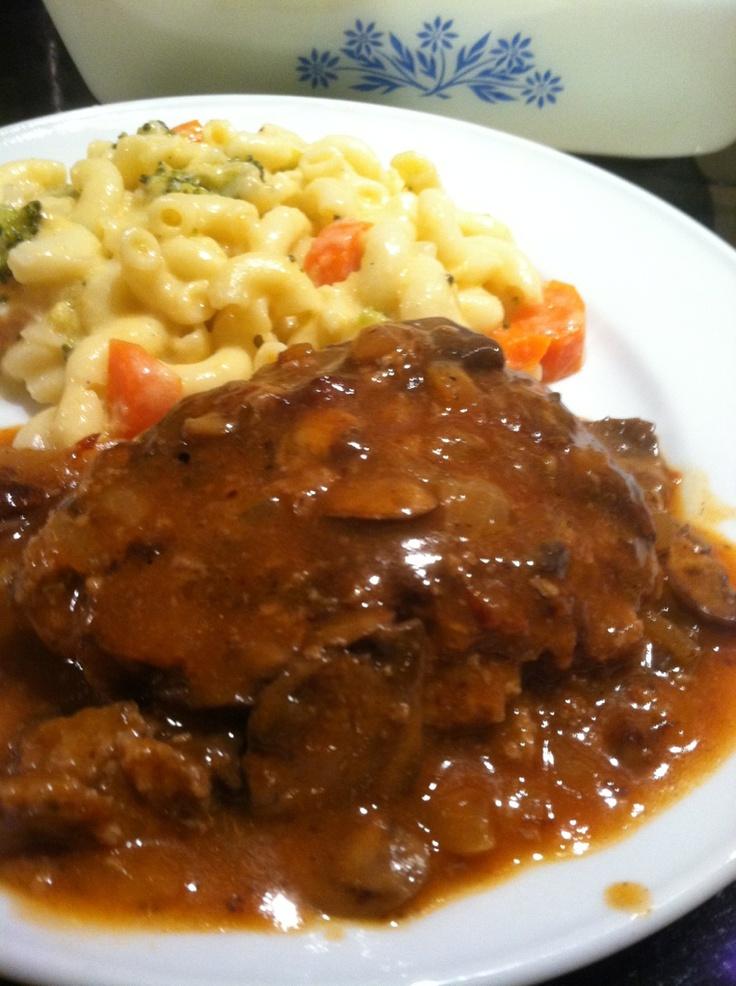 Skinny Salisbury Steak with Mushroom Gravy. Comfort Food!