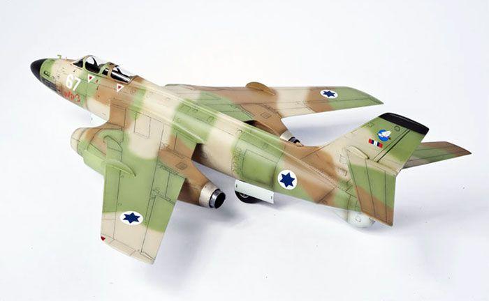 Azur's 1/72 scale Sud Aviation Vautour IIN by Alan Price