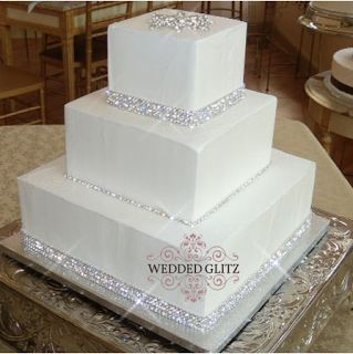 rhinestone wedding cakes | Bling out the wedding cake with rhinestone wraps or cake stand. Even ...