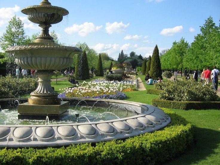 Regents park, my favorite pocket of my favorite city.