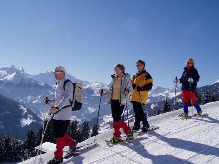 Schneeschuhwandern am und um den Kristberg im Montafon  https://www.kristberg.at/winter-montafon-schneeschuhe.html