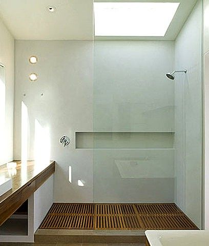 Shower with skylight and niche