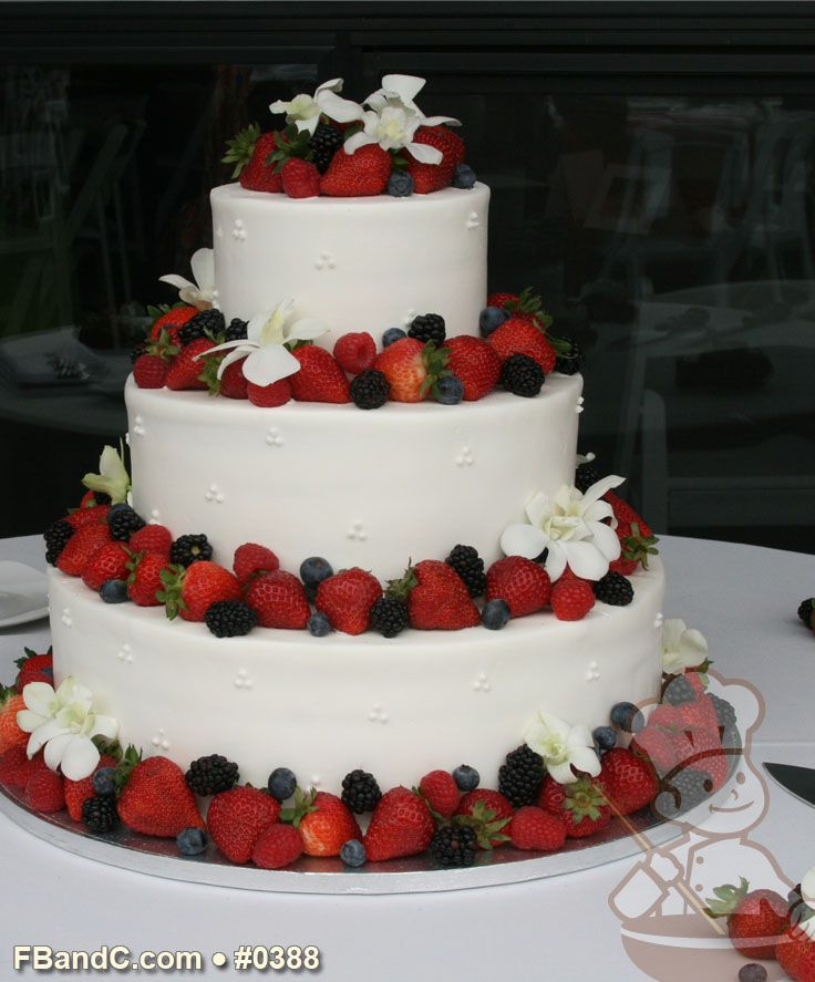 british wedding cake fruit design w 0388 butter wedding cake 14 quot 10 quot 6 12168