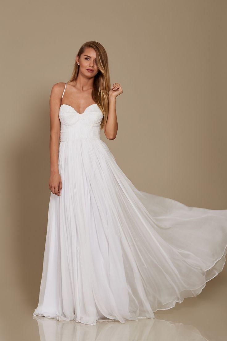 Willow Dress Bridal 2018 Oana Nutu Fashion Designer Wedding Dress Wedding Gown www.OanaNutu.com  #fashion #style #shopping #oananutu #Bridal #BridalDress #WeddingDress #Bride #FashionDesigner #Wedding #Whitedress