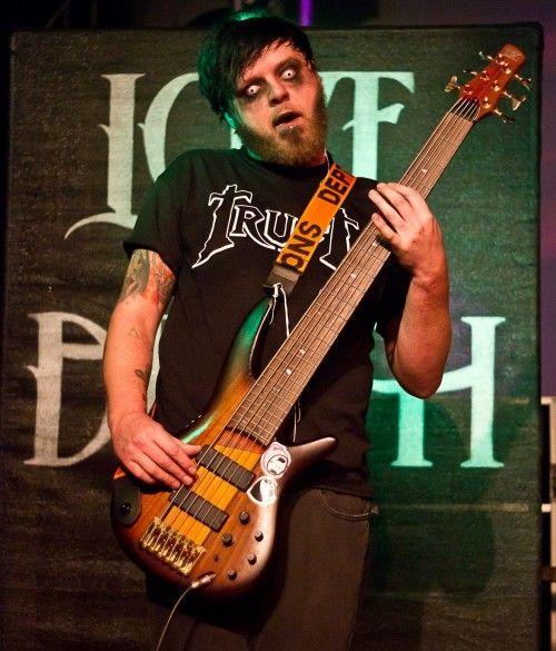 Schön Michael Valentine Love And Death Bass