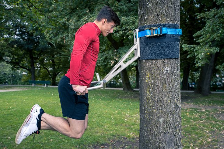 Pullup & Dip - the world's first portable stainless steel pullup and dip bar. Work out wherever you want.