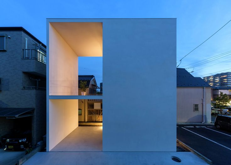 Little House with a Big Terrace,Courtesy of Takuro Yamamoto