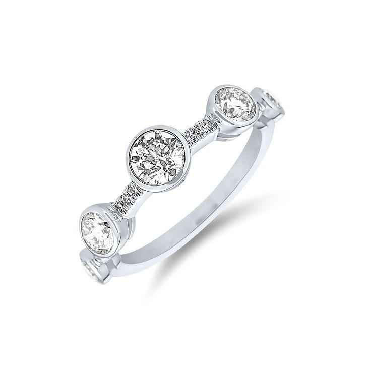 Ring ALO Galaxy Diamond www.alodiamonds.com www.alo.cz